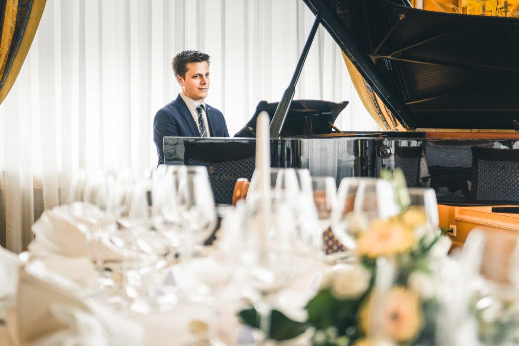 Professioneller Hochzeitspianist • Benedikt Weigmann